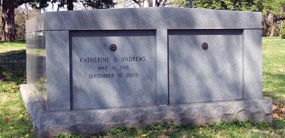 Evans Cemetery Mausoleum